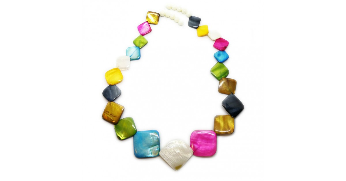 Diamond-shape Mother of Pearl Shell Necklace - Assorted Colors