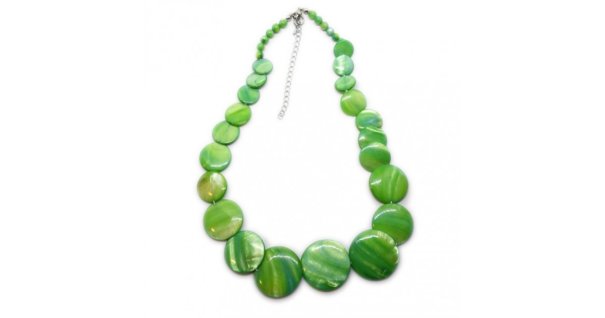 Coin-shape Mother of Pearl Shell Necklace - Green